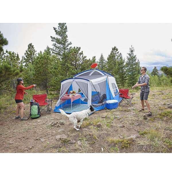 Wenzdel Tent with dog