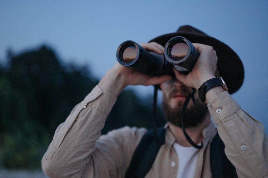 best hunting binoculars in 2021 from USA